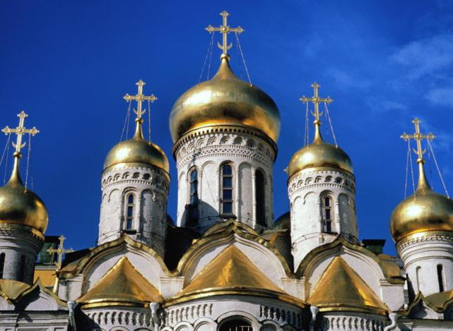 Mizulina-khochet-propisat-v-Konstitutsii-Rossii-osobuyu-rol-pravoslaviya-Православие